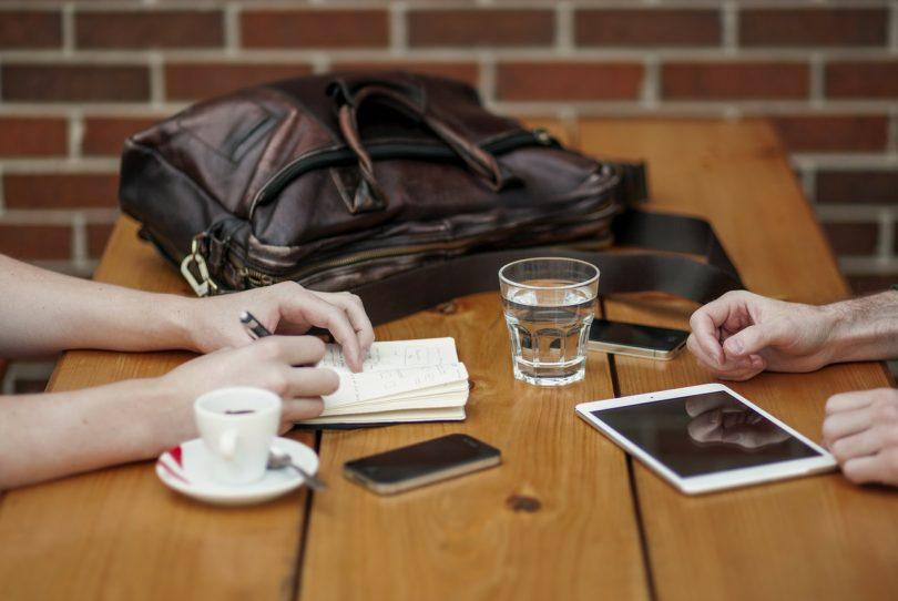 how to take meeting minutes